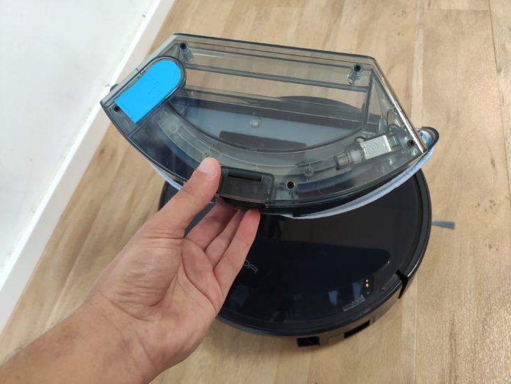 Tesvor S6 vacuum robot water tank
