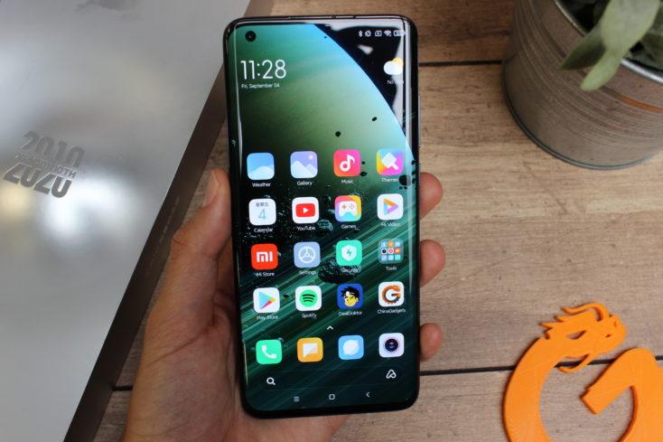 Xiaomi Mi 10 Ultra Smartphone in Hand