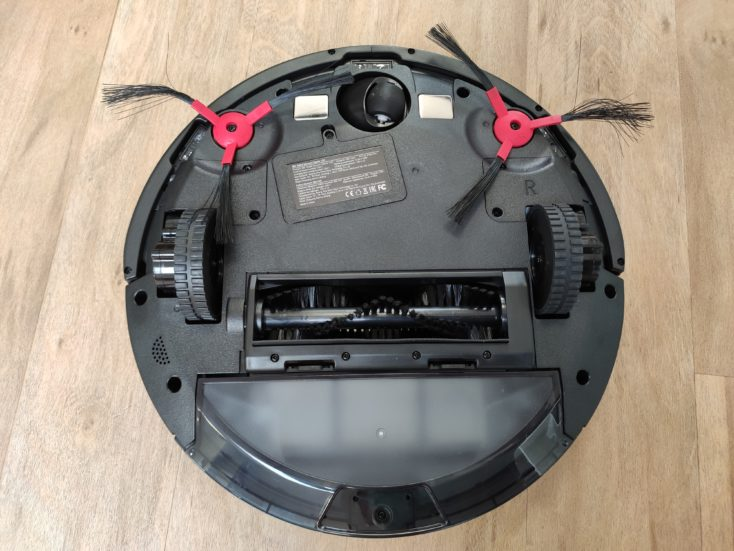 Qihoo 360 C50 vacuum robot bottom side
