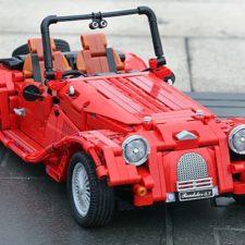 Vintage sports car design