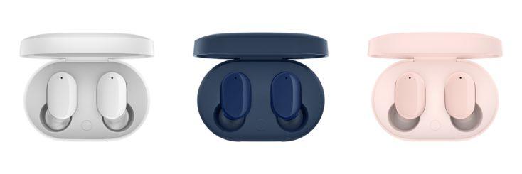 Redmi AirDots 3 in charging case