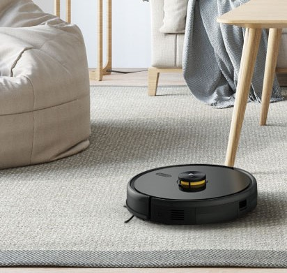realme TechLife Robot Vacuum in the living room
